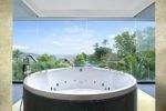 bath tub , bath tub le meridien , le meridien , le meridien bali jimbaran