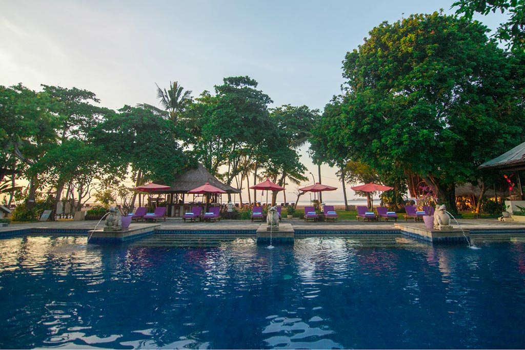 sanur hotel,mercure resort,mercure resort sanur,mercure sanur pool,nakula pool