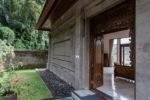 payogan villa, payogan ubud villa, payogan front door