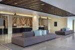 courtyard bali, courtyard seminyak, seminyak hotel, bali hotel, courtyard seminyak lobby area