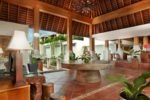 villa kayu raja,kayu raja villa,villa kayu raja lobby