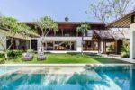 seminyak hotel,villa air,villa air bali,villa air bali grand villa,grand villa