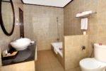 purisaron hotel lovina, bali hotel, lovina hotel, singaraja hotel, purisaron hotel lovina bathroom