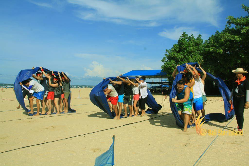 bulldozer Games, bali team building, beach team building, bali beach team building