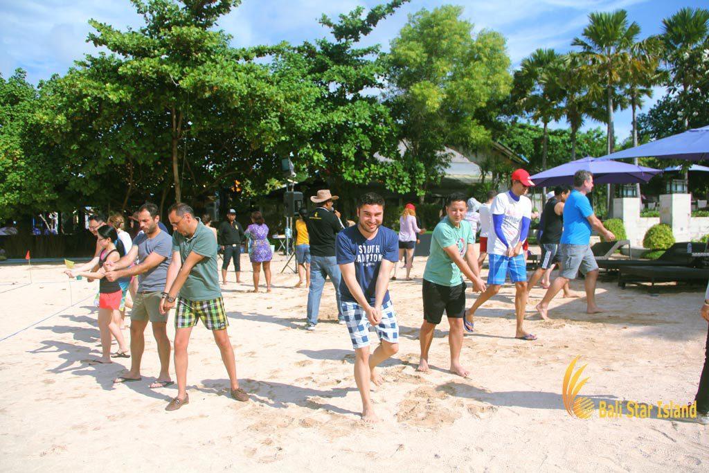 samurai game, beach team building, bali beach team building, team building activity
