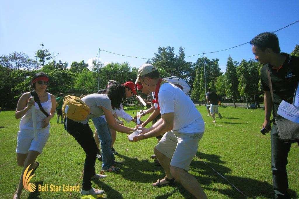 crazy ball, crazy ball games, garden team building, bali garden team building, team building activity
