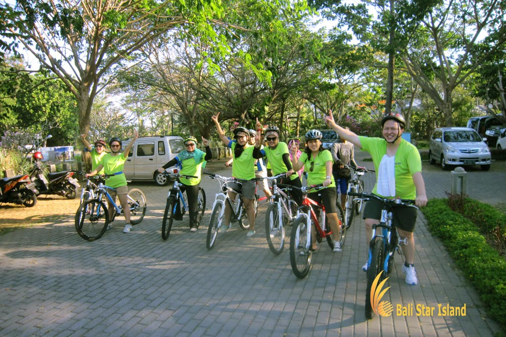 cycling treasure hunt, cycling, bali, bali team buildings, team building