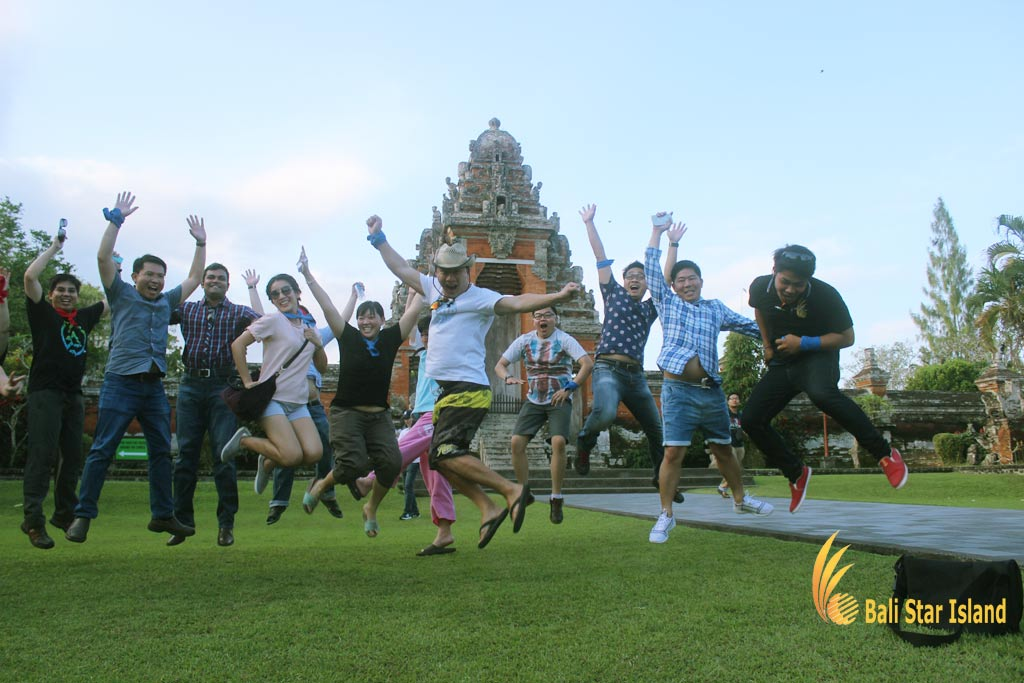 group winner, treasure hunt team building, bali treasure hunt