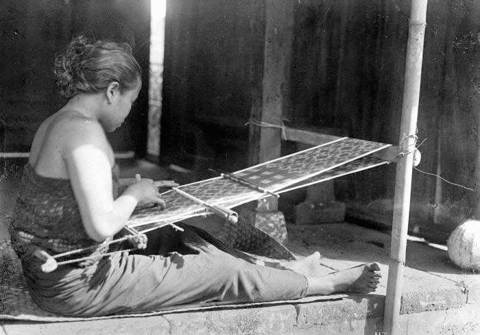 endek textile, balinese fashion, heritage