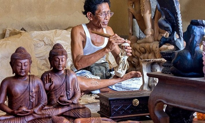 wood carving, balinese art, souvenir
