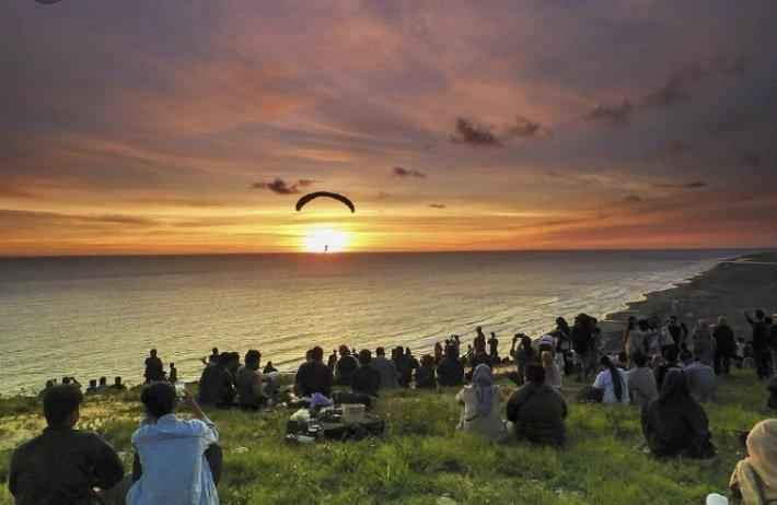 bukit gupit, paralayang watugupit, adventure yogyakarta